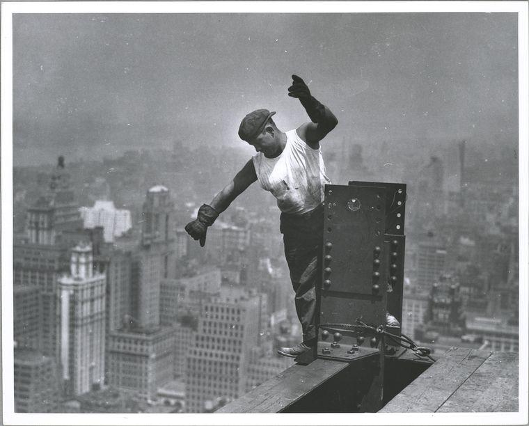 signaling the hookman